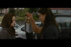 Screencaps from New Moon Clip shown at Scream Awards (Luuuucia:)) Tags: newmoon robertpattinson kristenstewart kstew edwardcullen bellaswan jacobblack taylorlautner rpattz