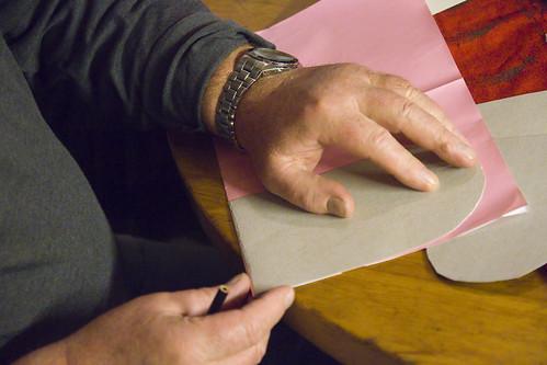 Julekurver - tegn rundt malen av papp