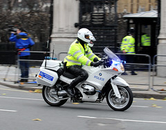 Img168901e (veryamateurish) Tags: london westminster unitedkingdom police housesofparliament parliament queen parliamentsquare royalty royalfamily metropolitanpolice queenelizabethii britishpolice guardofhonour ukpolice stateopeningofparliament policeuk