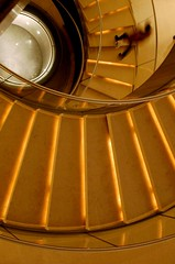 @ (chamarbe) Tags: people paris france stairs pyramid louvre musee escalier impei chamarbe