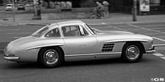 """300SL """"Gullwing"""" (Germanspotter) Tags: street old white black beauty canon germany munich mnchen deutschland photography eos mercedes spot sl exotic passion oldtimer years 300 dslr 50 rare gs 2009 find coup gullwing 450d carparazzi autogespot germanspotter"""
