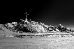 Salvation Mountain (hyperborian) Tags: ir desert infrared georges saltonsea salvationmountain slabcity niland monceaux flickrelite imperalcounty savedbythehotboxuncensoredgroup