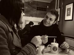 Ma a sta vedere che. Sappiamo già com'è. Non ci teniamo a togliere il disturbo (èтσιℓє) Tags: frankfurt fabio starbucks cappuccino caffè coppia seppia giada sorrisi francoforte sguardi guardarsi