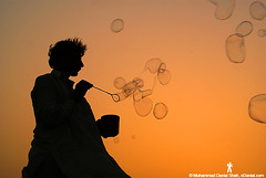 The Bubble Seller (Danial Shah) Tags: photo travelogue edanial muhammaddanialshah