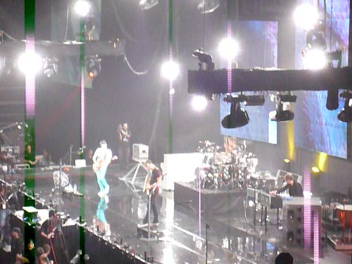 muse rocking on stage!
