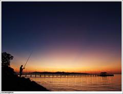 Kaki pancing sabar menanti dikala malam di gigi petang (sam4605) Tags: sunset beach studio landscape ed scenery jetty olympus malaysia gaya kotakinabalu e1 sabah pantai senja jeti fisihing pemandangan joran ums petang zd spylens pulaugaya sabahborneo 1260mm odec pemancing kakipancing sam4605