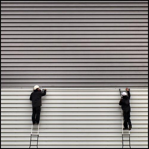 Dos en rayas. Two on stripes by SANTI BAÑON