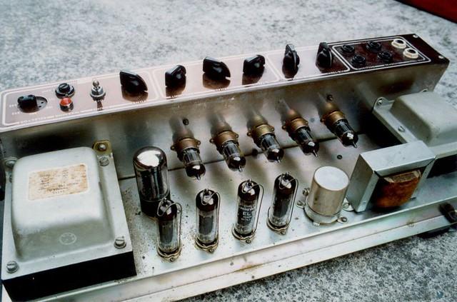 Vox AC30 - O amplificador de Jonny 4428322261_79ceaf4452_z