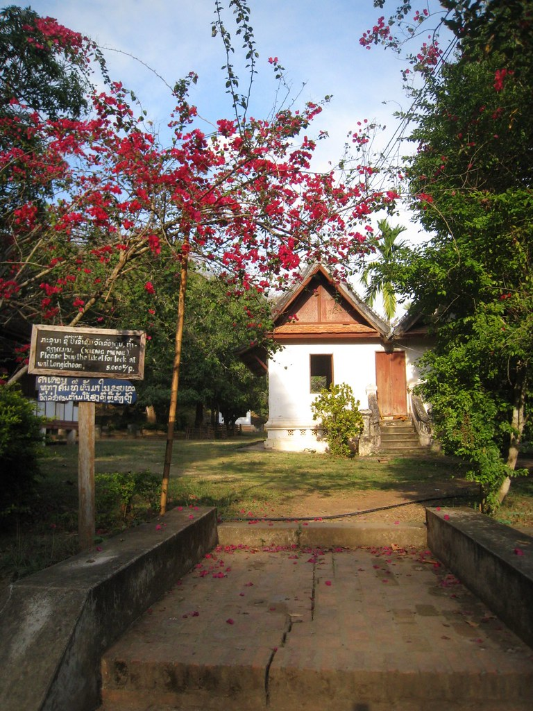 Arrivée au Vat Long Khun
