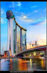 Singapore Marina Bay Sands (Kenny Teo (zoompict)) Tags: bridge blue light sunset sky seascape reflection tower tourism water beautiful river landscape hotel construction scenery photographer waterfront view tourist casino best m leisure kenny luxury stp marinabay integratedresort marinabaysands singaporetourismboard zoompict 3hoteltower bestangleview singaporelowerpiercereservoir