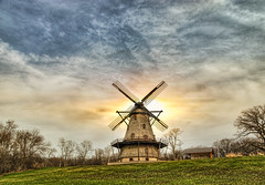 The Fabyan Windmill - Also near Chicago (Mister Joe) Tags: wood chicago mill windmill illinois nikon geneva working sails joe historic colonel hdr fabyan