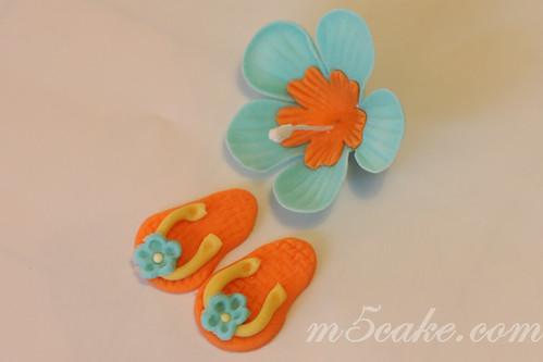 Luau cupcakes - 43