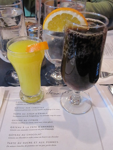 Brunch at l'Estaminet - Fresh OJ and a Diet Coke