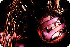 vorweihnachtlich (Frau_Doktor) Tags: christmas holiday weihnachten advent weihnachtsmarkt digiart orton farben fotoart fotokunst weihnachtsgrsse nikond80 graphicmaster fraudr
