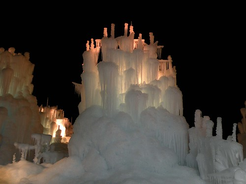 Utah. Zermatt Resort. ice castles