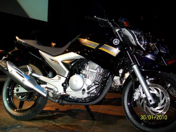 Nova Fazer 250 2011