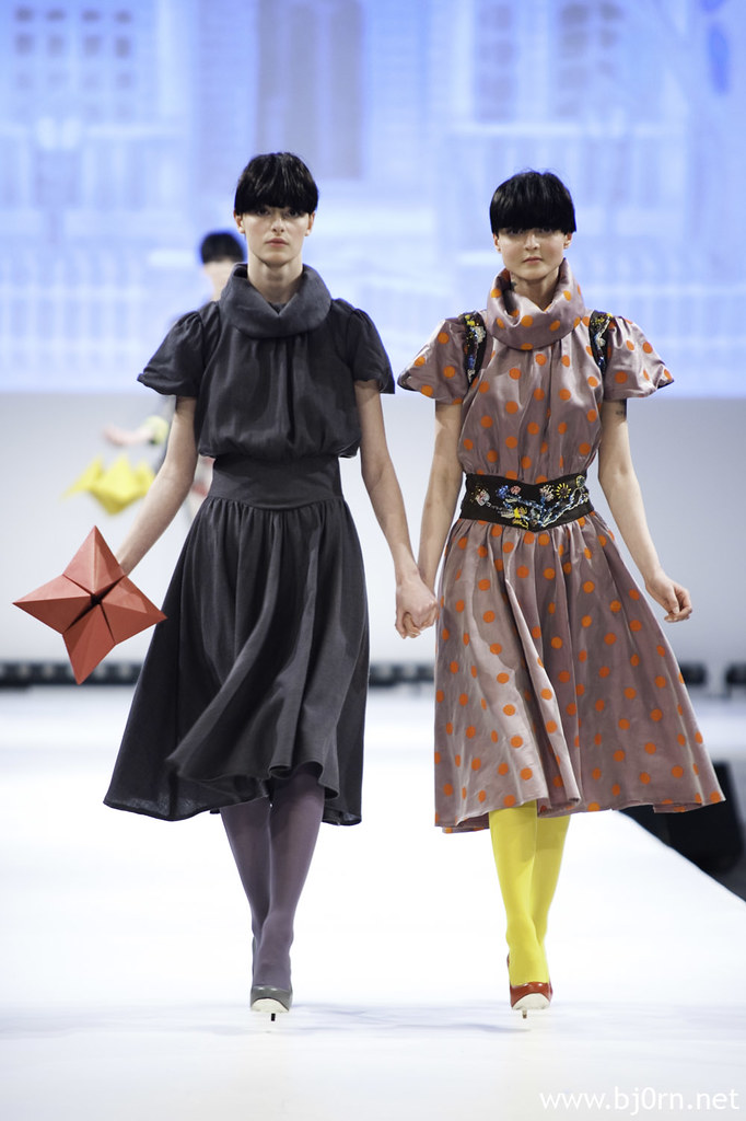 foto: Bjørn Christiansen, bilder fra visningen til Tina H - Laura & Laura – The Monozygotic Twins på Oslo Fashion Week 2010