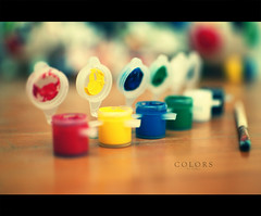 Colors (Dr Cullen) Tags: colors nikon paint bokeh brush pincel pinturas tempera 35mmf18 temperas drcullen sb900 flickrgolfclub d300s clanflickr nikond300s