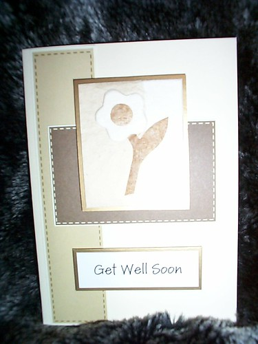 Ref: Card 17 Set 3 (AVAILABLE) / Get Well Soon Card (For Female or Flower lover) with Flower design / Price £1 /