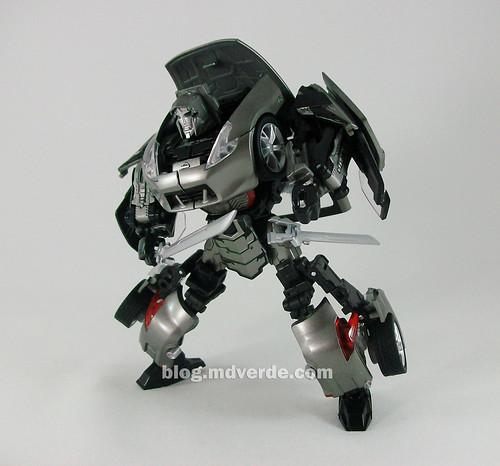 Transformers Megatron Alternity Blade Silver - modo robot