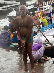 Tying Dhoti 1.1 (amiableguyforyou) Tags: india men up river underwear varanasi bathing dhoti oldmen ganges banaras benaras suriya uttarpradesh ritualbath hindus panche bathingghats ritualbathing langoti dhotar langota