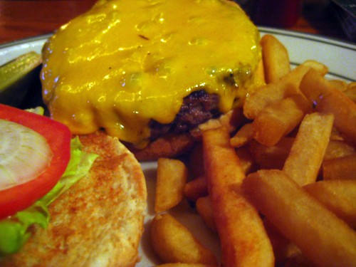 Muldoon's Cheeseburger