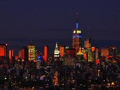 [フリー画像] [人工風景] [建造物/建築物] [街の風景] [ビルディング] [夕日/夕焼け/夕暮れ] [アメリカ風景] [ニューヨーク]    [フリー素材]