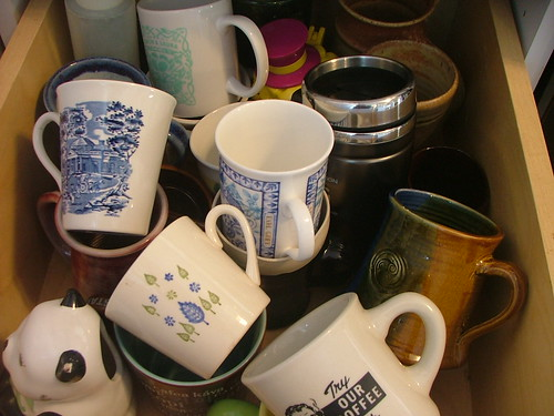 mug drawer