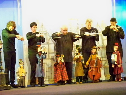Bob Baker Marionette Theater Holiday Spectacular