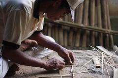 Pak Ketut Kembar (Cak-cak) Tags: bali indonesia bamboo workshop modelling bambu klungkung sidemen balinese iseh efs55250mm