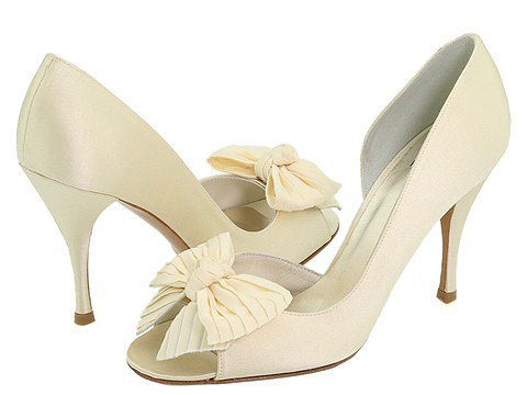 Decoration design front and high heel bridal shoes