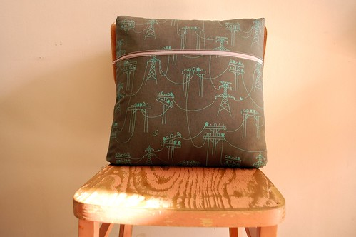 Karyn's Sawtooth Star Pillow (Reverse)