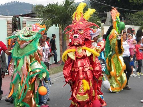Domingo en el Carnaval de Bonao