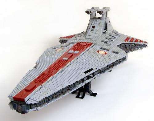 venator class star destroyer vs star destroyer
