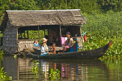 Boat (tatlmt) Tags: river boats boat cambodia floatingvillages