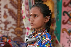 Gujarat - Kutch (jmboyer) Tags: voyage travel portrait people woman india tourism girl beauty face lady female rural portraits canon photo eyes asia flickr village faces photos expression couleurs indian femme traditional picture culture tribal jewellery viajes lonely asie lonelyplanet tribe monde ethnic minority couleur tribo islamic gettyimages gujarat tourisme visage inde reportage nationalgeographic tribu kutch bhuj  minorities travelphotography greatrannofkutch googleimage go indiatourism colorsofindia tribus incredibleindia lurvely indedunord hodka indedusud photoflickr photosflickr canonfrance earthasia photosyahoo jmboyer img3192dxo northemindia photosgoogleearth