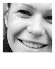 dhalgara (kilometro 00) Tags: street portrait people urban bw italy portraits photography casa strada italia foto streetphotography streetportrait bn persone occhi sguardo e donne urbano poesia sorriso racconto ritratti bianco ritratto nero viso biancoenero treviso citt urlo occhiali uomini luoghi emozioni veneto volto suono sorrisi sguardi spazi visione espressione baffi urbani emozione trevision fotografidistrada