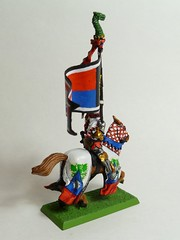 Battle Standard Bearer - rear right (Laviak) Tags: warhammer knight bretonnian battlestandard standardbearer