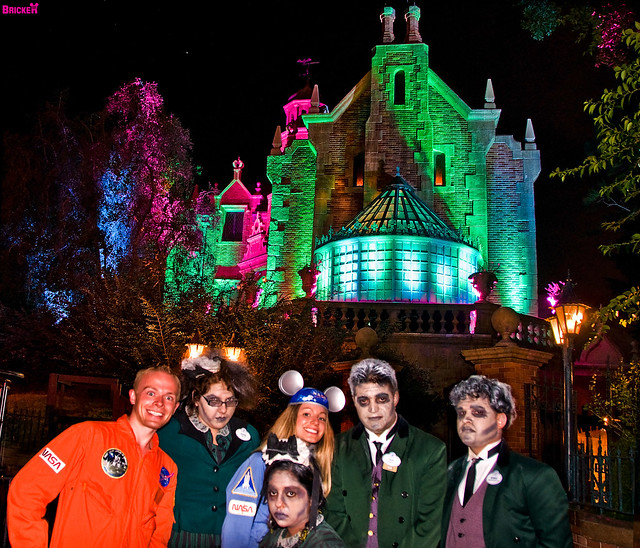 Grim Grinning Ghosts Come Out to Socialize