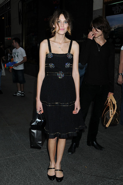 Preppie_-_Alexa_Chung_at_the_Late_Night_with_Jimmy_Fallon_show_in_New_York_City_-_July_15_2009_185