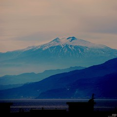 Etna Volcano -  All Rights Reserved by Osvaldo Pieroni (Osvaldo_Zoom) Tags: blue italy mountain snow home landscape volcano nikon terrace sicily etna calabria mywindow messinastrait d80 3350m
