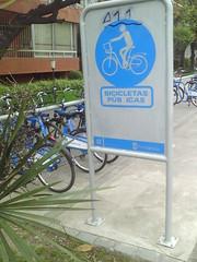 PINGAS! (Minoru_Nya) Tags: letreros bicicletas letra bizarros borrada pingas genitales pubicas frikitreros