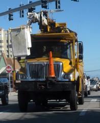Pike Electric International 7300 Bucket Truck (FormerWMDriver) Tags: electric truck cherry bucket international pike ih ihc picker 7300