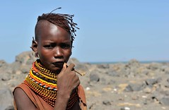 East Turkana Girl (christophe_cerisier) Tags: portrait people black necklace beads skin kenya grand clothes tribes tribe tribu riftvalley rift tribus traditionnal northkenya eastturkana colleir