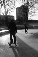 1001-skatebw