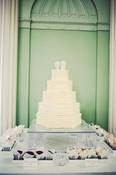 Our wedding cake from Cakes by Caryn