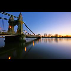 Calm. (edwardkb) Tags: sunset england sky london europe hammersmith riverthames hammersmithbridge londonist