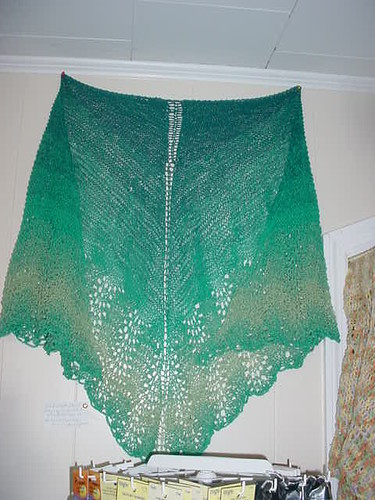 Completed Old Shale Shawl