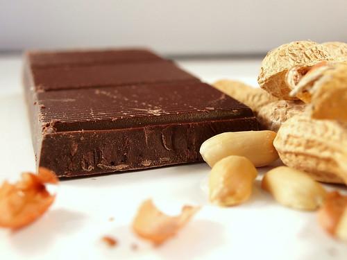 Schokolade und Erdnüsse