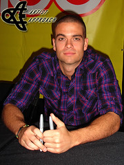 "Mark Salling (ArtistApproach) Tags: noah new york city nyc newyorkcity november chris ny newyork jenna simon field mall island riley mercedes amber jones rachel berry long kevin kurt mark character roosevelt longisland dianna quinn lea tina michele hudson puck cohen finn abrams cory 2009 chang glee hummel artie gleeks monteith salling agron mchale simonmall kevinmchale amberriley rooseveltfieldmall corymonteith leamichele colfer jennaushkowitz rachelberry diannaagron fabray marksalling chriscolfer quinnfabray finnhudson artieabrams mercedesjones tinacohenchang kurthummel ushkowitz ""puck"" puckerman noah""puck""puckerman noahpuckpuckerman cohenchang"